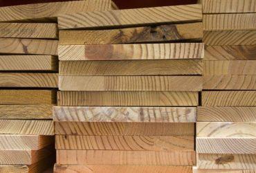 ibv - drevo 370x250 - Drevo pre stavby, hobby, aj kúrenie v zimnej sezóne
