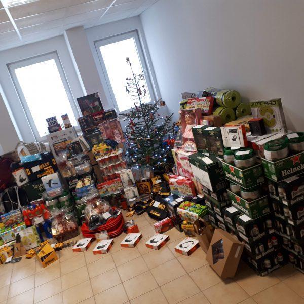 ibv - 20181214 095814 600x600 - Rozdali sme kopec darčekov